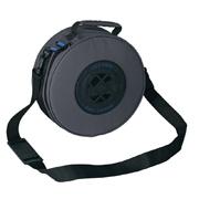 Уникальная круглая форма сумки позволяет хранить регулятор в аккуратно...